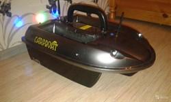 Прикормочный кораблик Carpboat Carbon 2,4GHz - фото 4652
