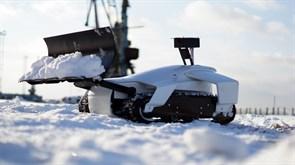 Робот-снегоуборщик OMI Robotics